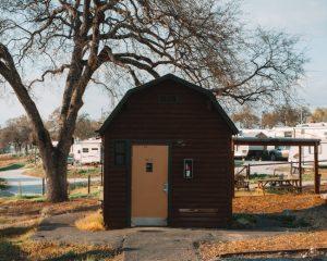Angels-Camp-RV-Park-bathroom