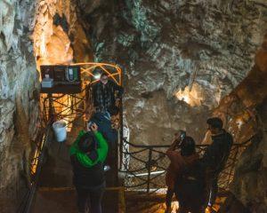 Moaning-Caverns-Spiral-Tour