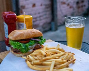 The-Service-Station-Restaurant-Bar-Jamestown-CA