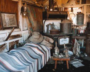 miners-cabin-inside
