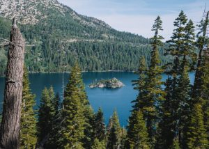 Inspiration-Point-Emerald-Bay-State-Park-Lake-Tahoe