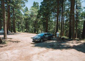 Unal-Trailhead-Parking-Lot