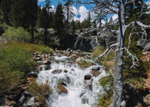 Upper-Eagle-Falls-Desolation-Wilderness-Emerald-Bay-Lake-Tahoe