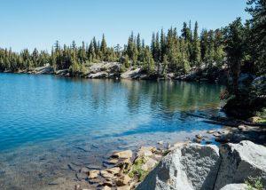 Crystal-Lake-Hike-California