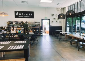 Dot-x-Ott-Restaurant