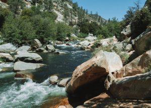 Johnsondale-Bridge-River-Trail-Hike
