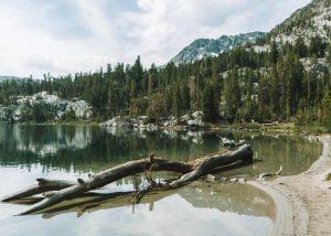 Hikes-Mammoth-Lakes-Skelton-Lake-Trail